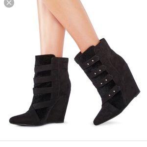 Just fab attaeny black winter booties